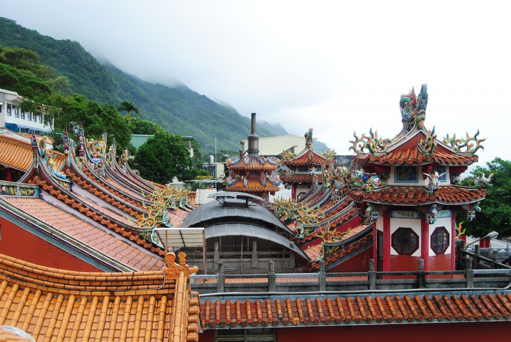 Temple on the Caoling Historic Trail