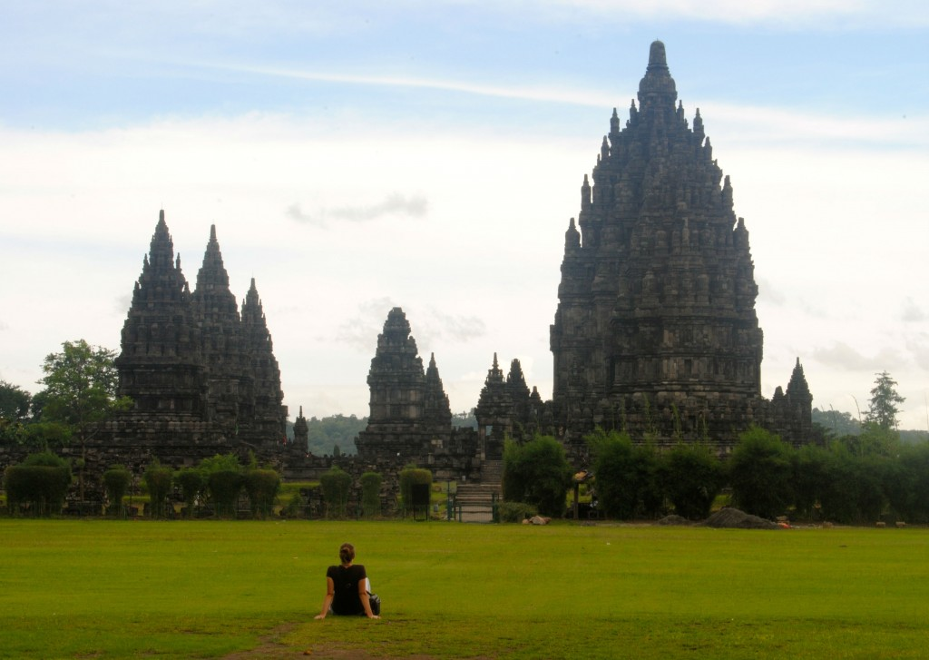 A Cruising Couple, Grand Scale, Prambanan