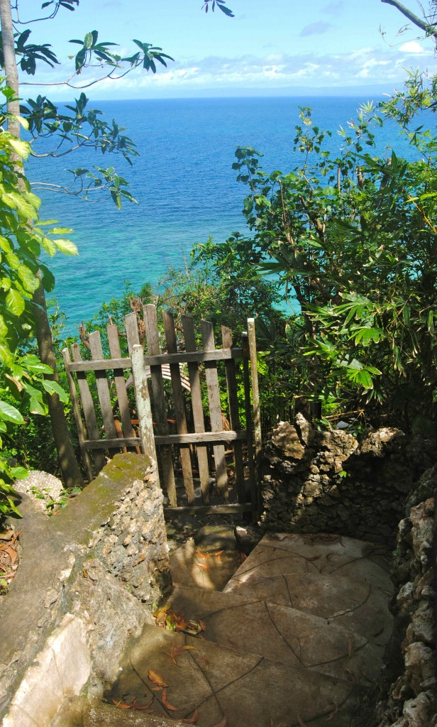 Private Path To Bingin, Suara Ombak