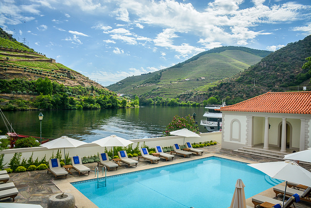The vintage house review a luxury escape in the douro for Hotel luxury douro