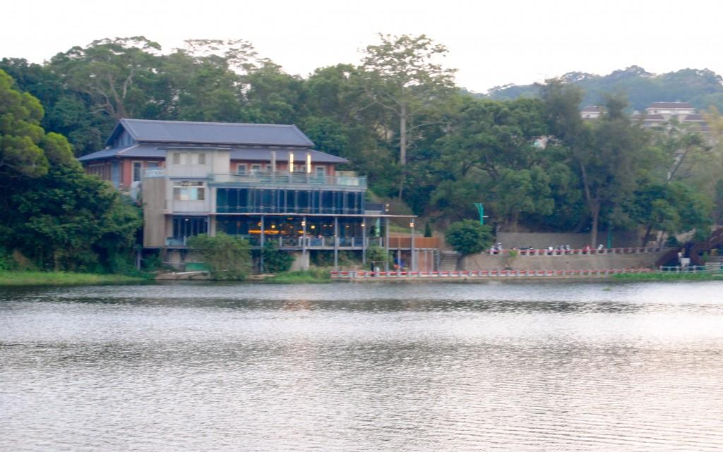 The Lakehouse Restaurant, Green Grass Lake