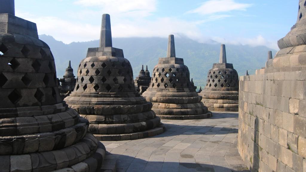 Stupas, Borobudur