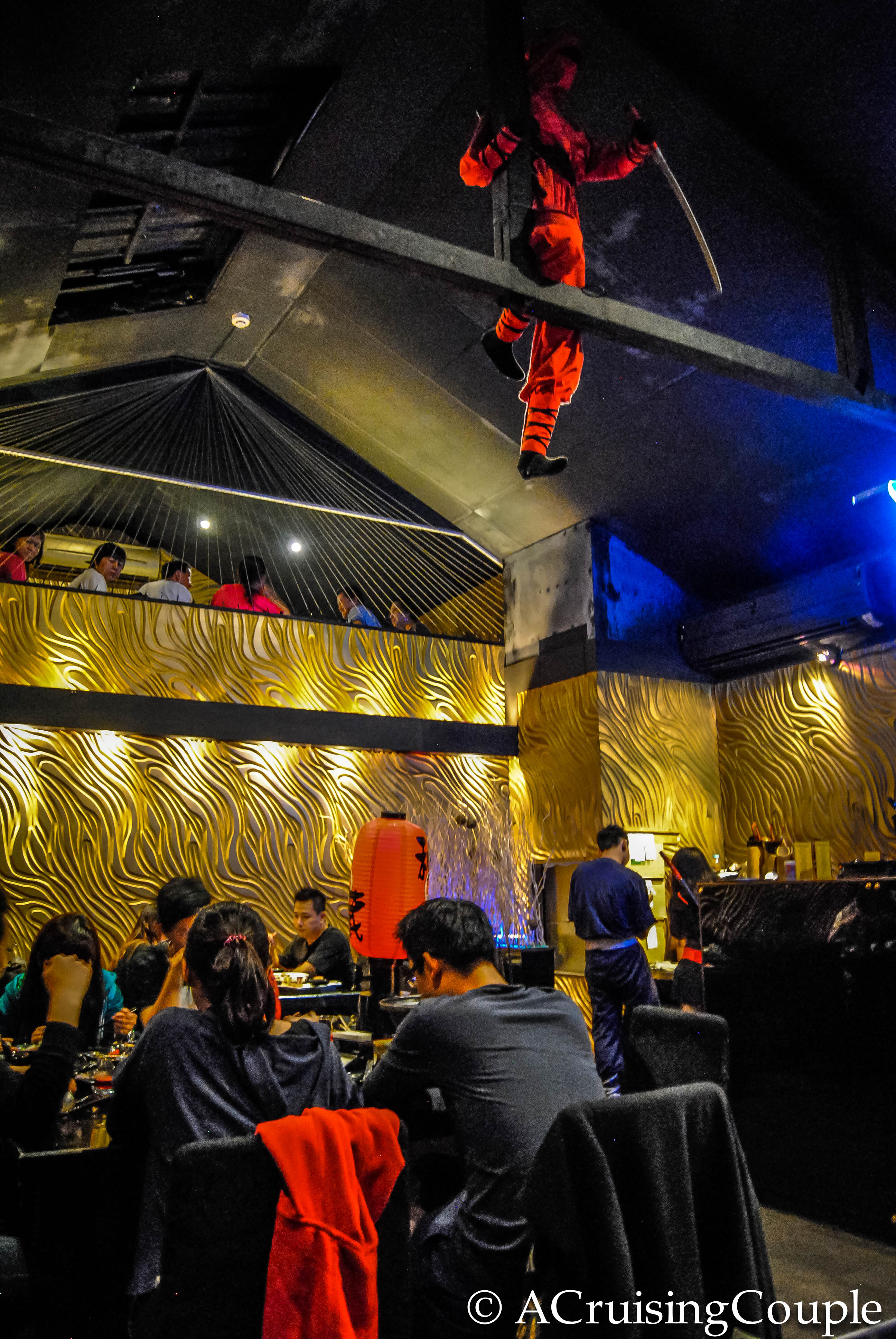 Taipei Theme Restaurants Tutus To Toilets A Cruising Couple