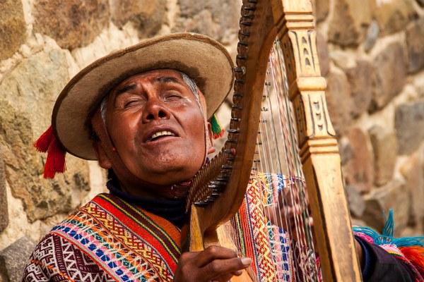 ollantaytambo-machu-picchu-blind-man-harp
